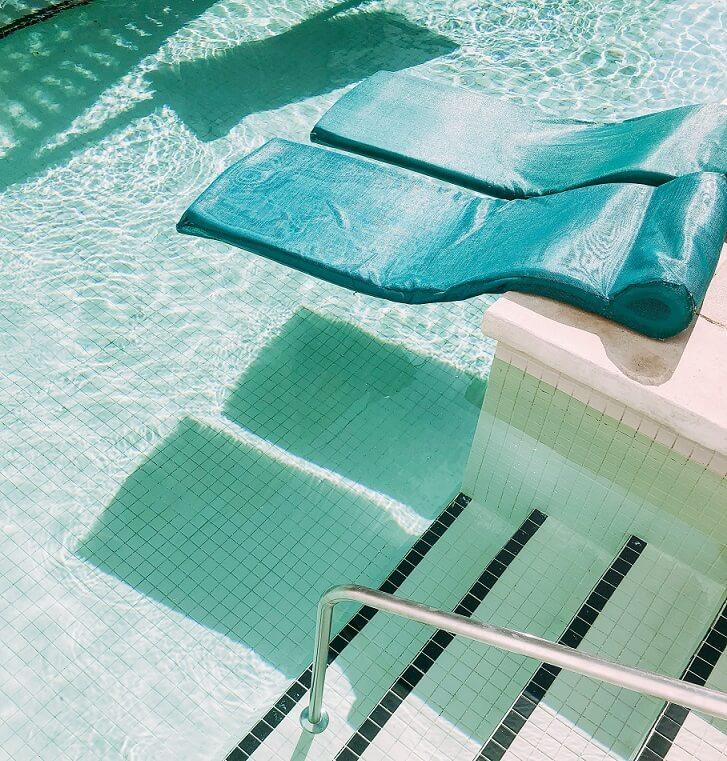 mantenimiento agua para piscina