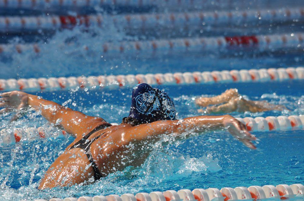 mantenimiento agua piscina olímpica